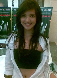 Nia Ramadani